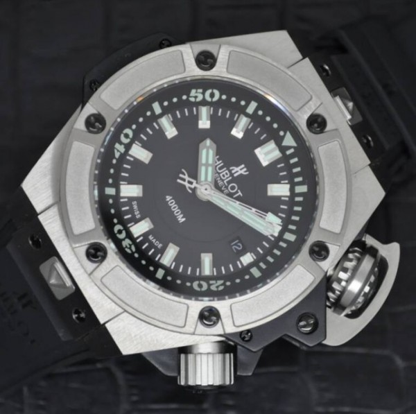恒宝Hublot Big Bang King Power 48mm Oceanographic 4000M系列 黑色表盘 钛金表